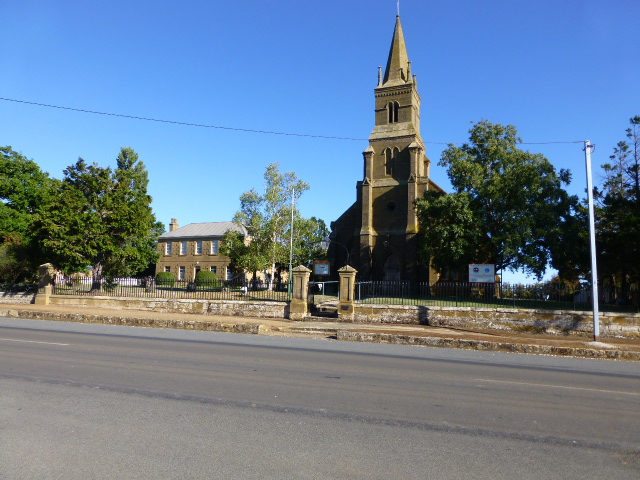 Uniting Church and Manse at Oatlands