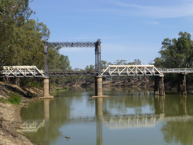 Lifting Bridge over the Murray at Tooleybuc