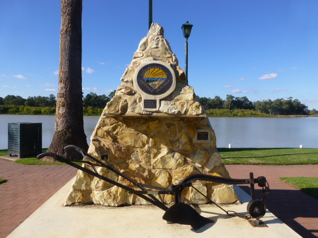 Pioneer Monument at Renmark