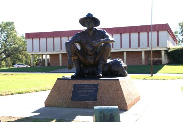 Cunnamulla Fella Statue outside the Paroo Shire Civic Centre