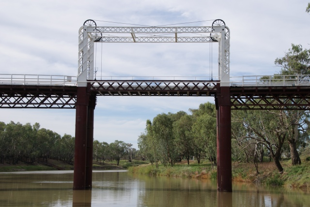 The lift section of the old Gateway Bridge at North Bourke view from the deck of the PV Jandra