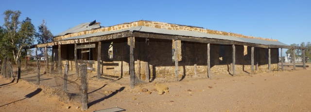 Old Royal Hotel at Birdsville
