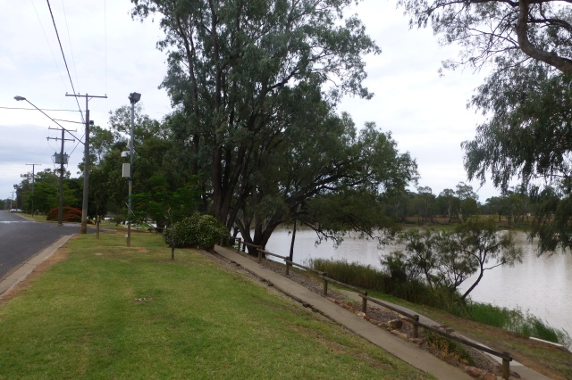 The Riverbank at St George