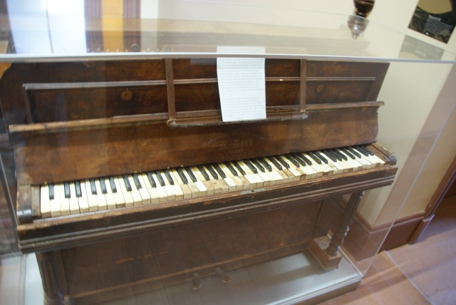 This organ was washed ashore at Cooktown