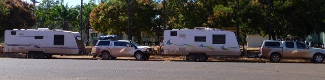 Dirty caravans and vehicles at Laura