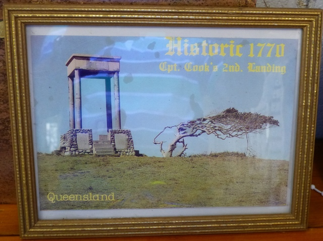 A painting of the Doorway of Destiny Monument which once stood on Round Hill Head