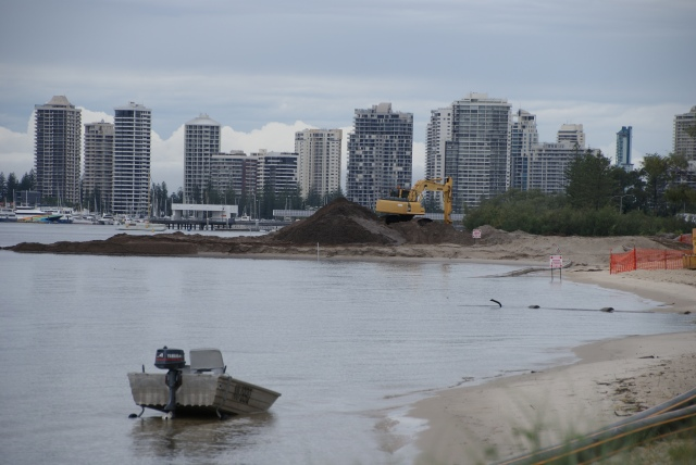 Work being undertaken at the site of new boat ramps adjacent to Broadwater Tourist Park