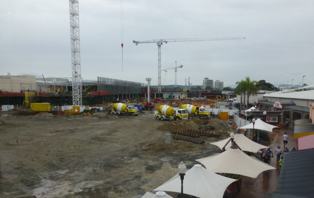 Construction proceeds on part of Pacific Fair