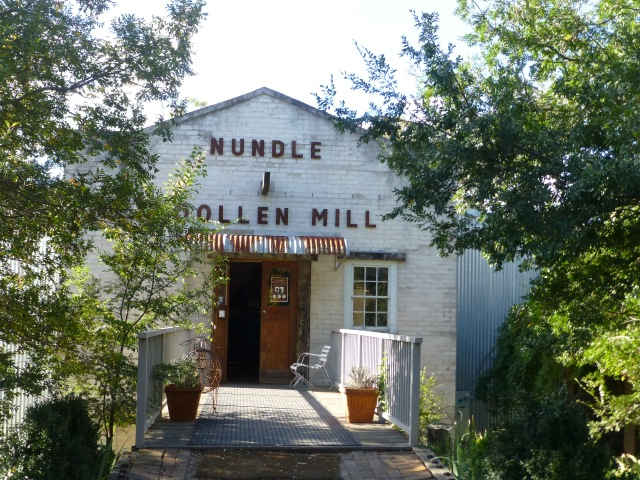 The Entrance to Nundle Woollen Mill