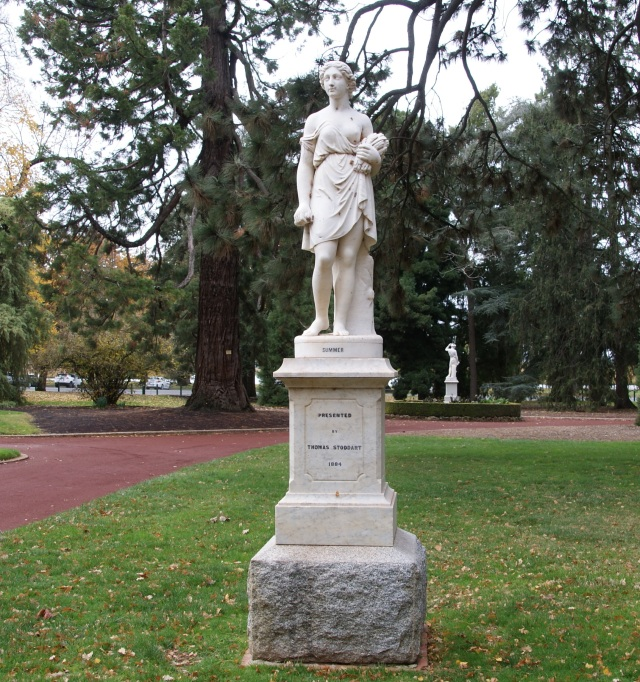 There are many statues in the Botanic Gardens at Ballarat