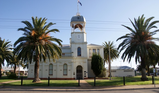 Inglewood Town Hall