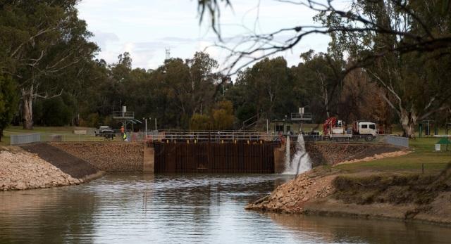 Lock 11 Mildura Weir