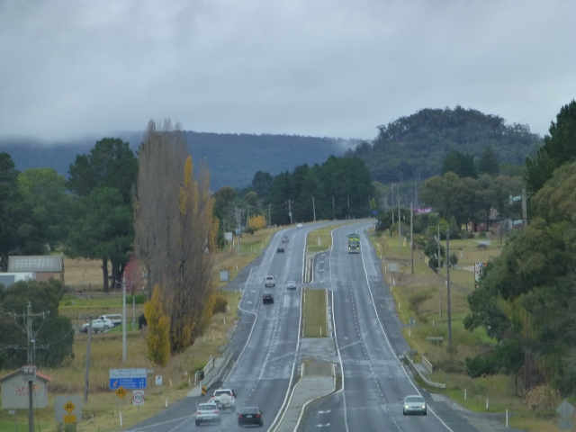 Approaching Lithgow