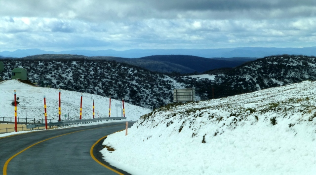 Traveling along through Mt Hotham