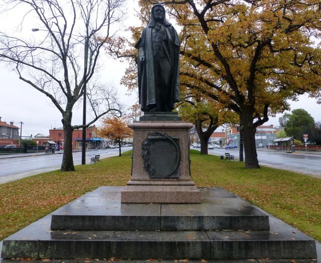 Statue of Hon Peter Lalor in Ballarat