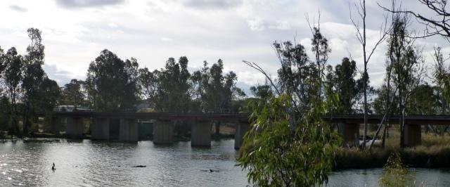 Railway bridge across the Loddon River at Bridgewater