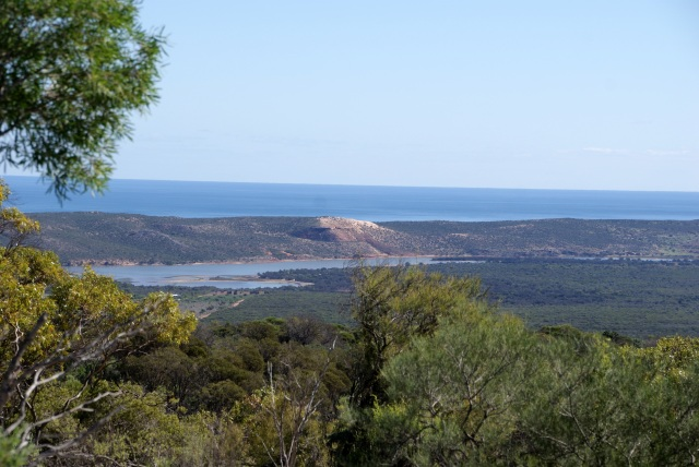 A view of the lower Murchison from Meanarra Hill
