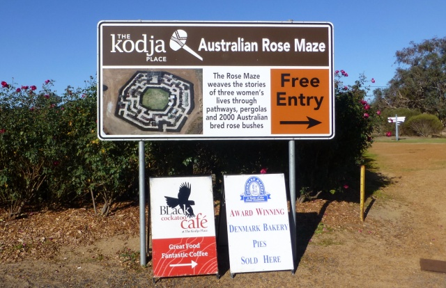 Sign at entry to Kodja Place and the Rose Maze