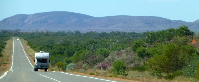 On the road heading north of Carnarvon