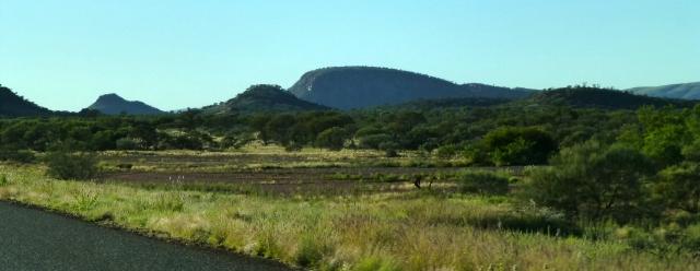 On the road to Paraburdoo