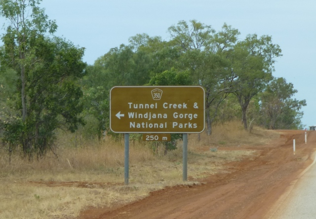 The turnoff to Windjana Gorge from the Great Northern Highway