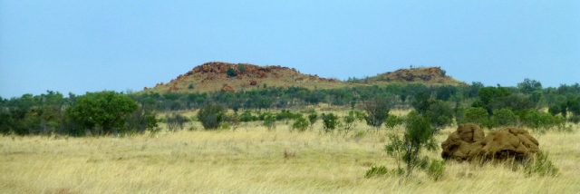 View from the road between Halls Creek and Fitzroy Crossing