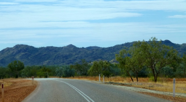 A view along the road from Halls Creek to Kununurra
