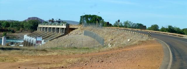 Approaching the wall to Lake Kununurra