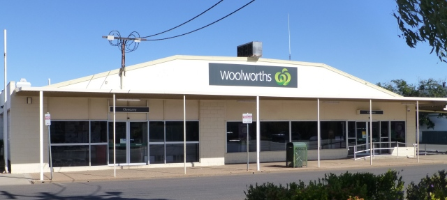 Woolworths Cloncurry (for K & K)