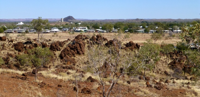 Looking over Cloncurry from the hill behind the Visitor Centre