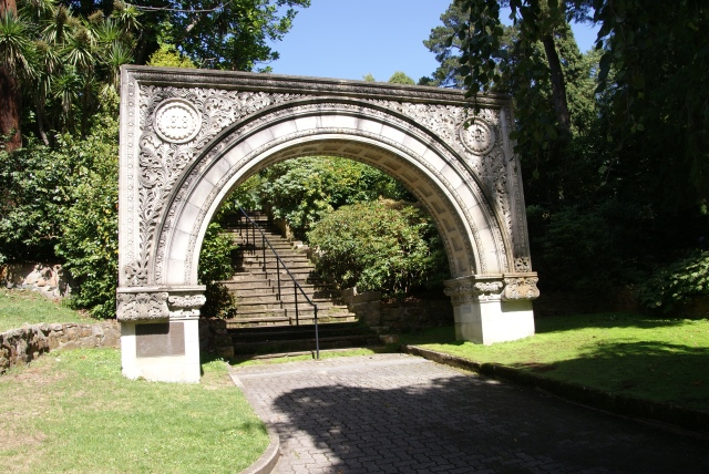 150th Anniversary Arch at Hobart Gardens
