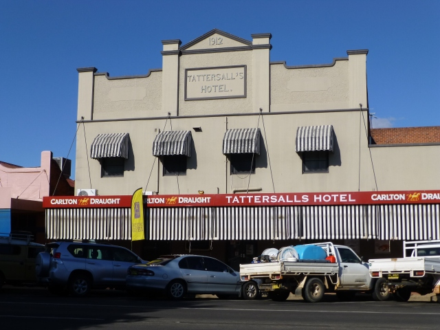 Tatts Hotel Narrabri