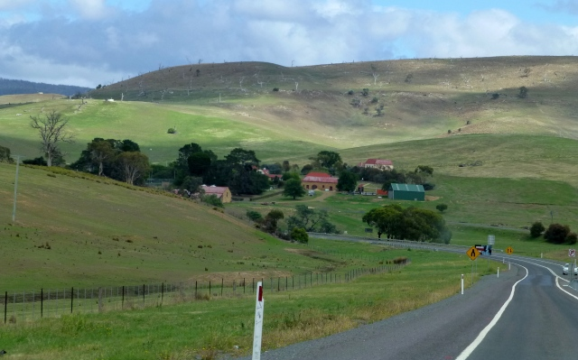 Between Oatlands and Hobart